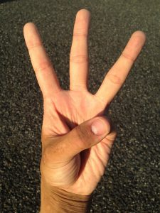 3-doigts-hndptesbc